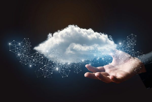 Office 365 - Data Cloud in Hand